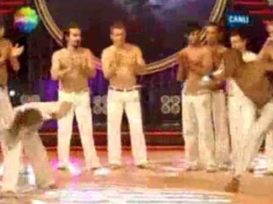 Bak Kim Dans Ediyor TV Programı